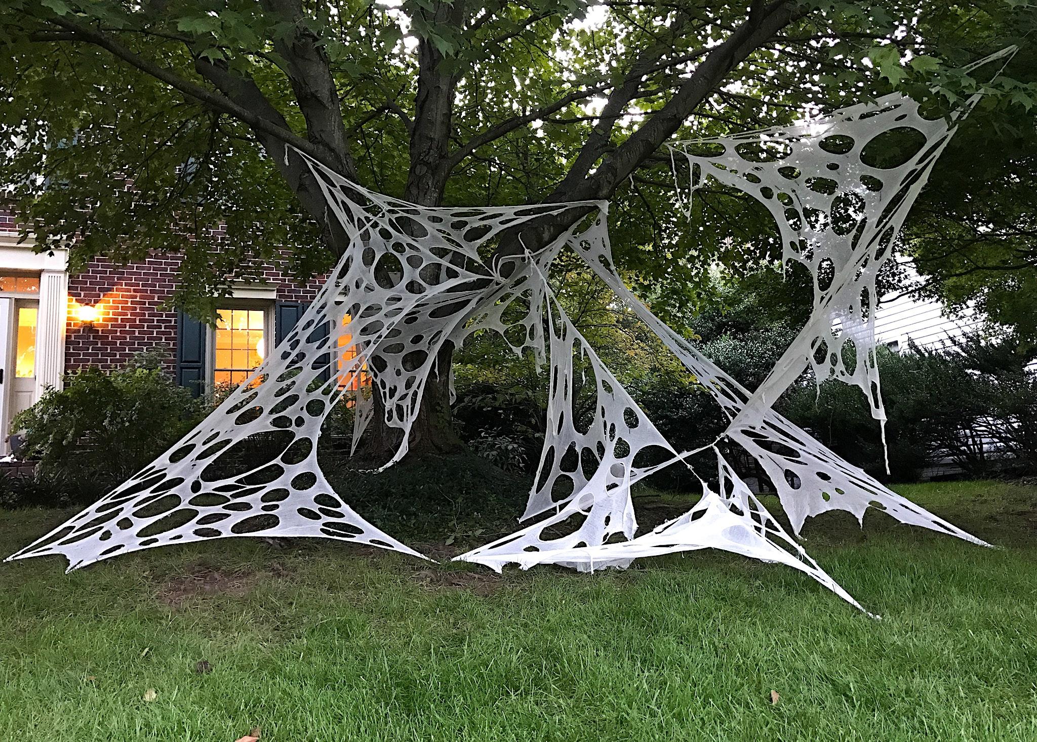 How To Make Giant Halloween Spider Webs - DIY Halloween Decor