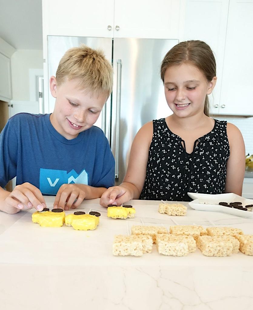 South Lumina Style Rice Krispie Treat School Buses