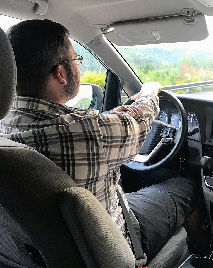 Family Trip to Seattle - Renting a Car