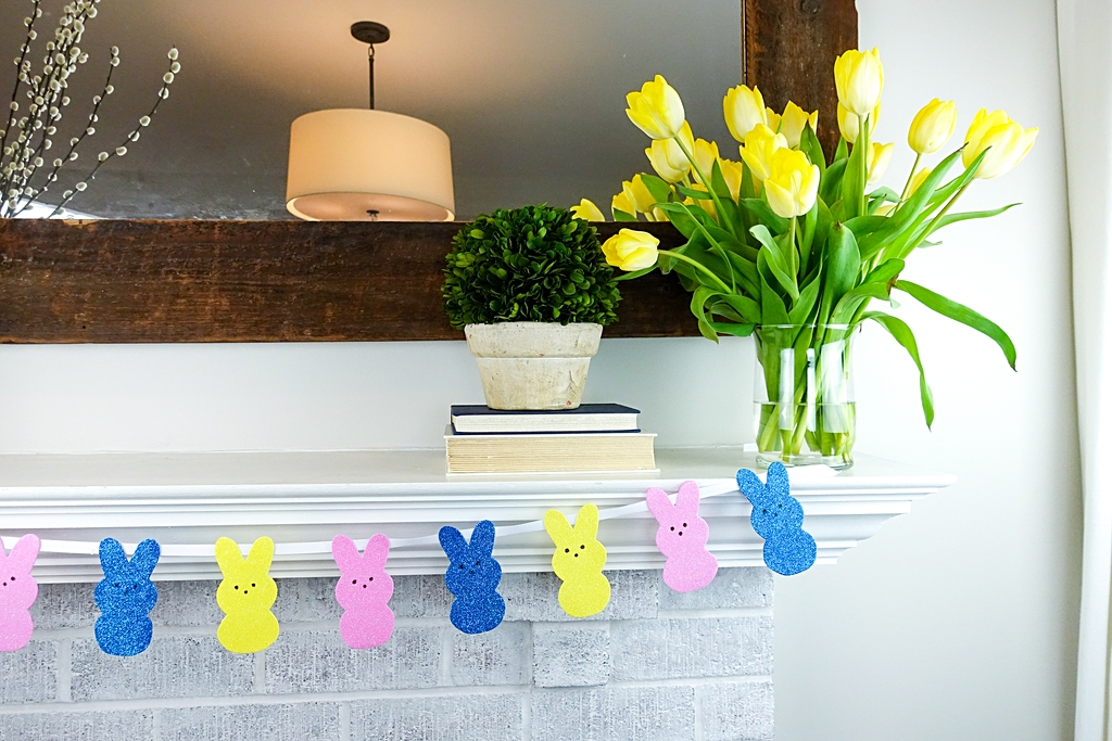 Easter Decoration PEEPS Easter Banner