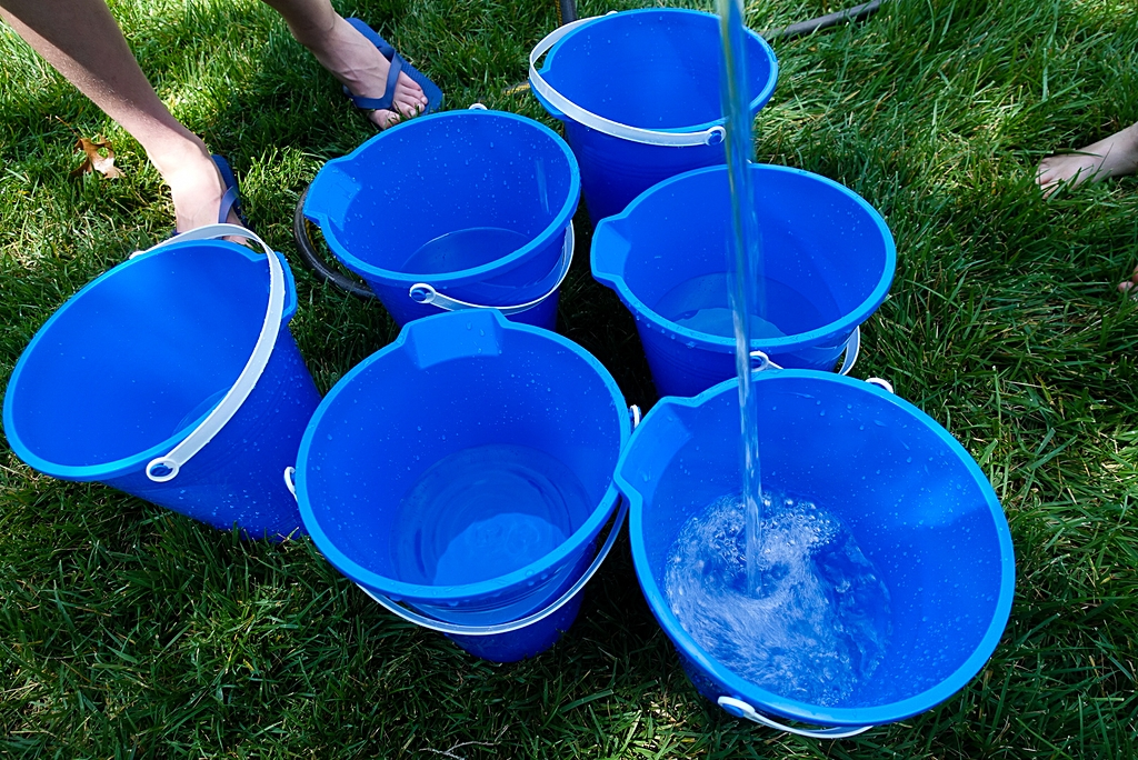 Summer games for kids backyard bucket ball