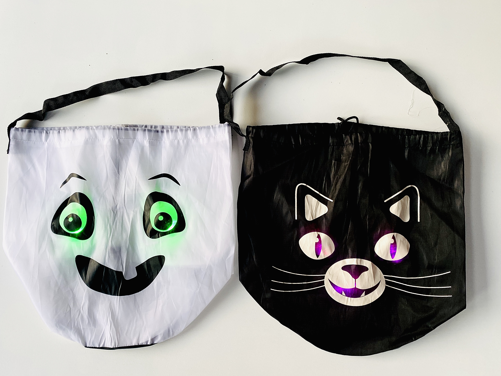 Light up Halloween Trick-or-Treat Bags