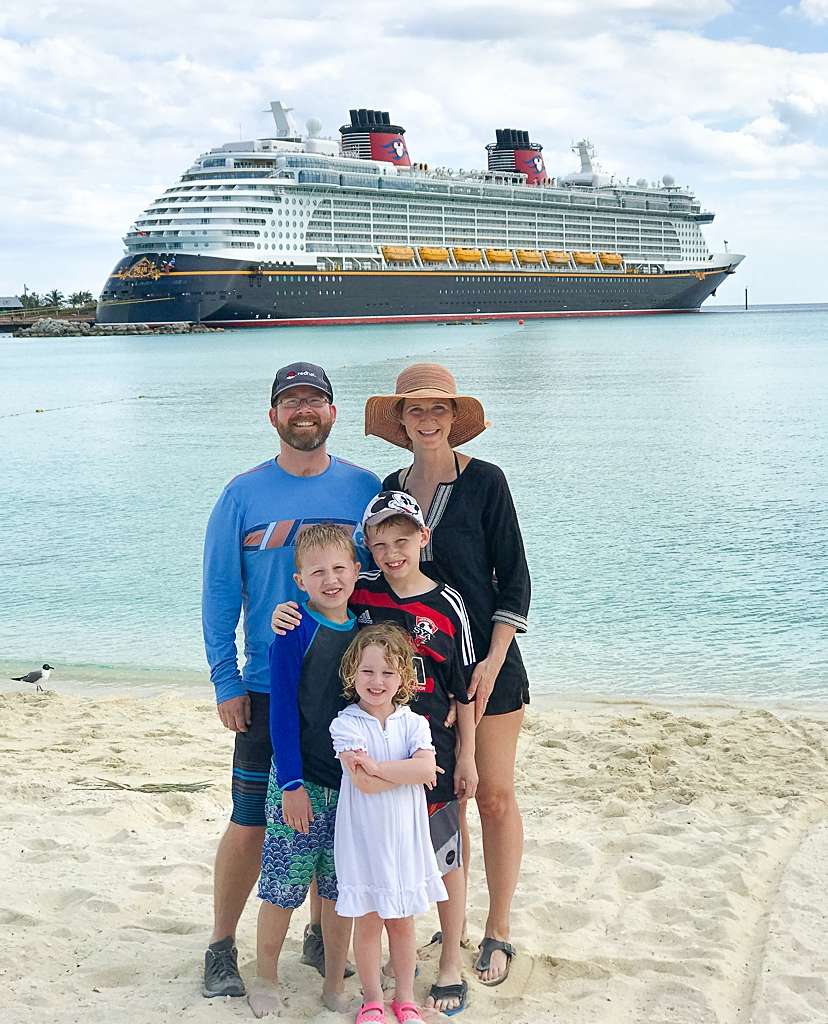 What to pack for a family cruise