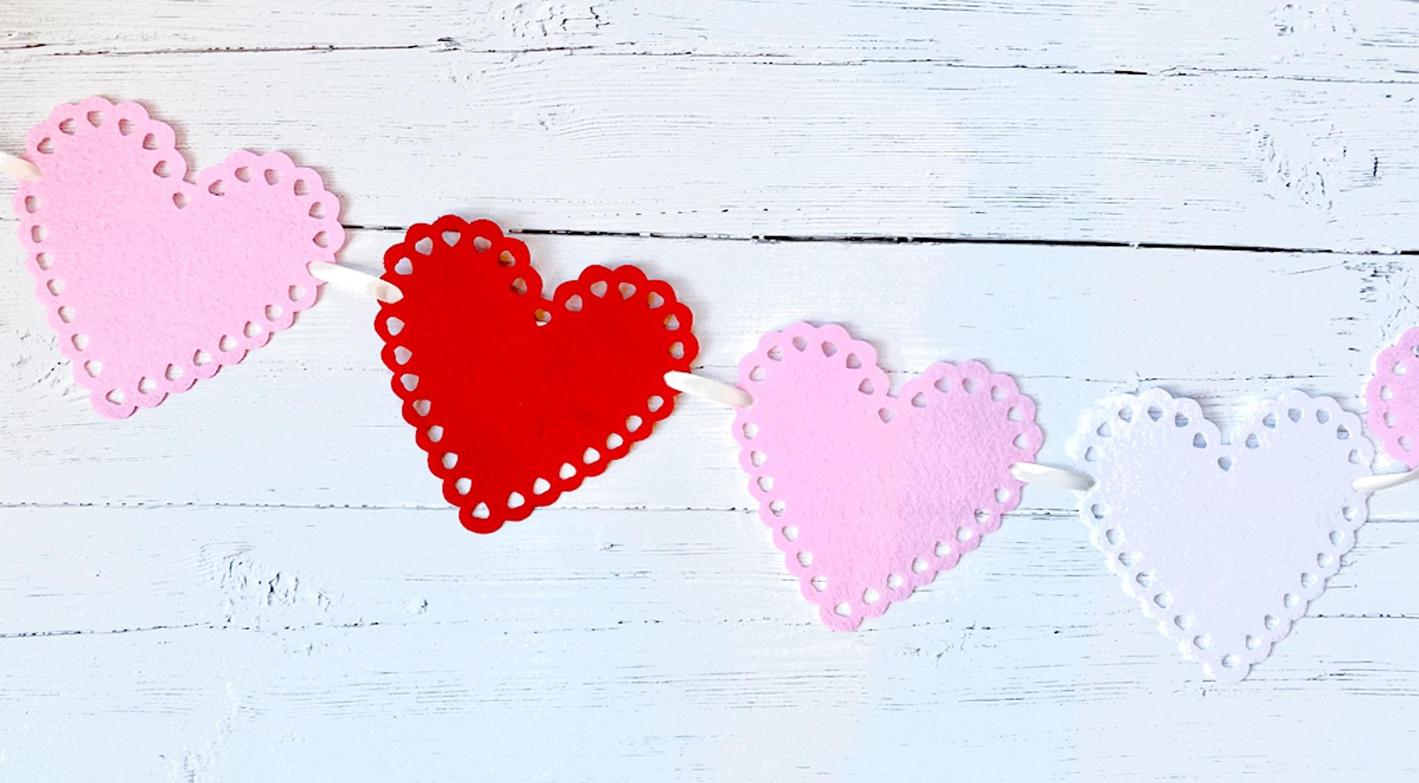 Dollar Store Valentine's Banner