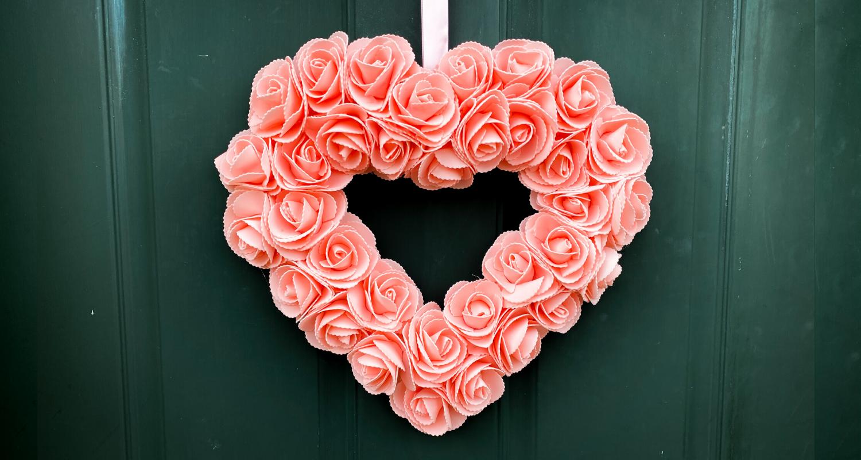 Diy Dollar Store Heart Wreath South Lumina Style