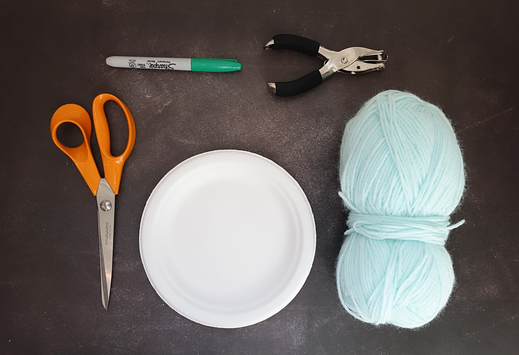 how to make a paper plate dream catcher