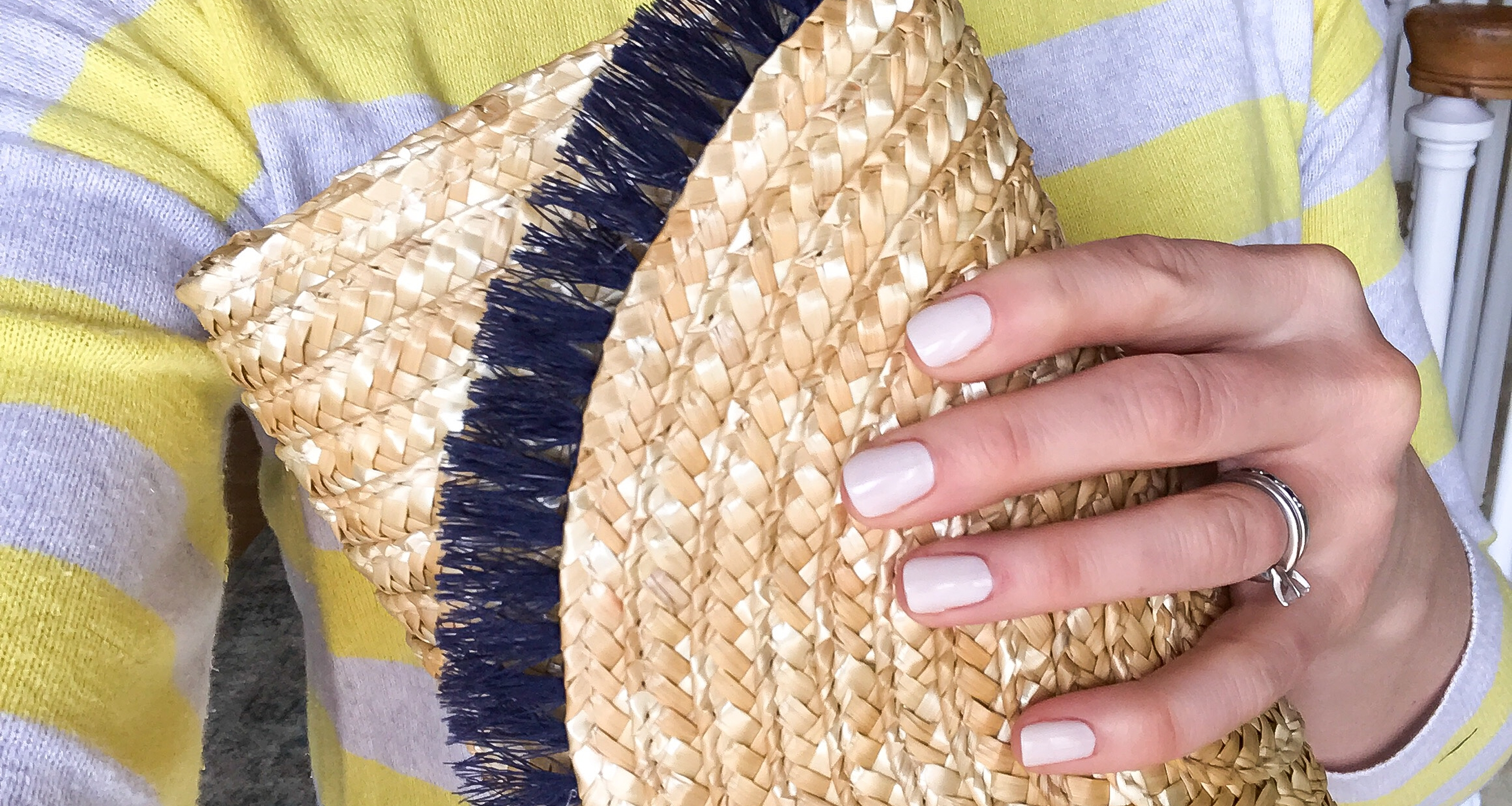 DIY Summer Straw Clutch with Fringe