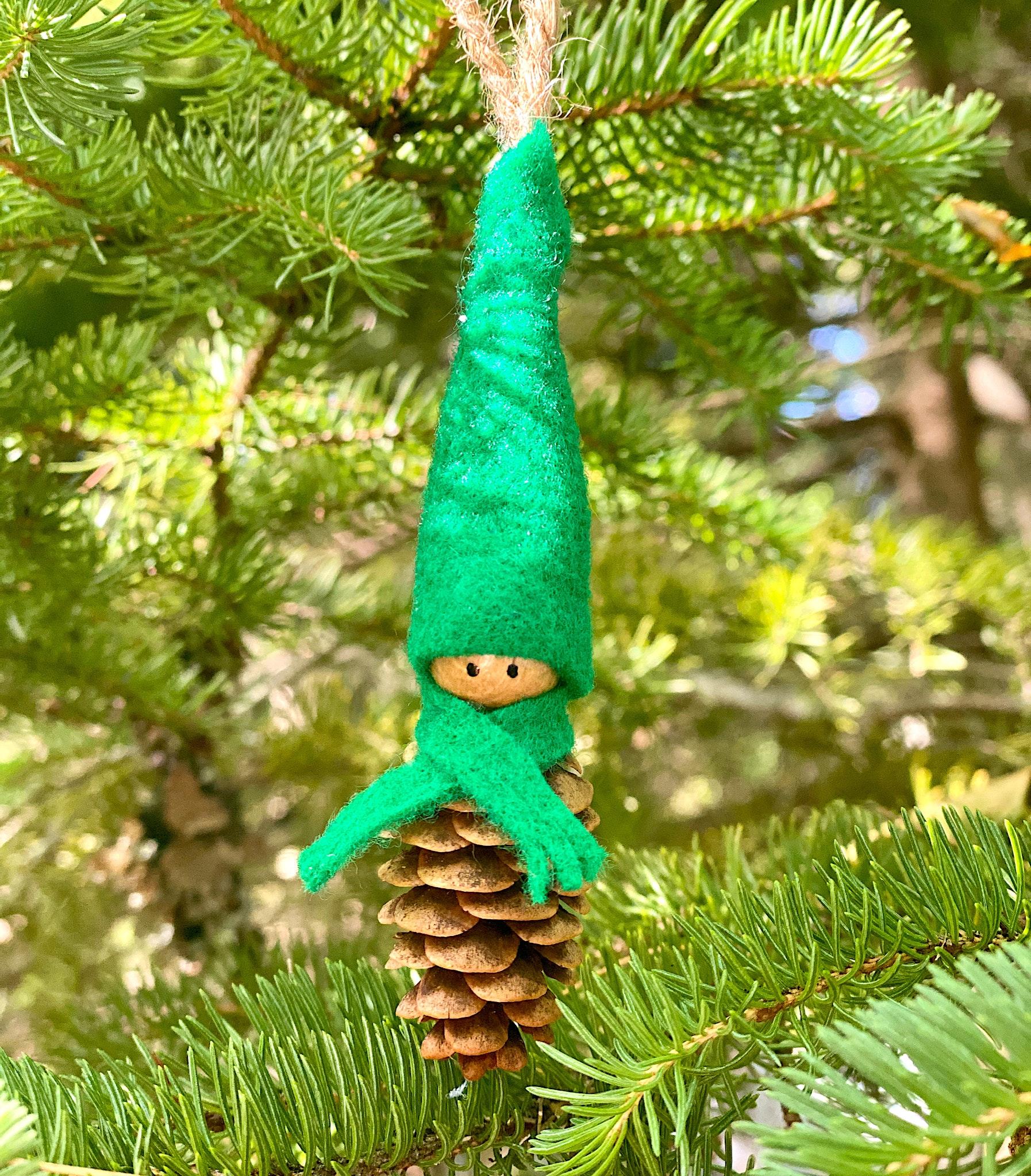 diy pinecone crafts