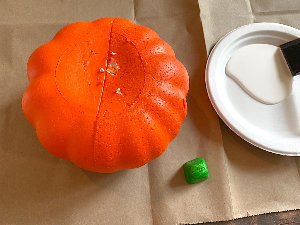 DIY Dollar Store Pumpkin