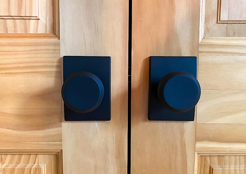 how to install dummy doorknob